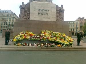Ziedu Latvija 2013. gada 4. maijā